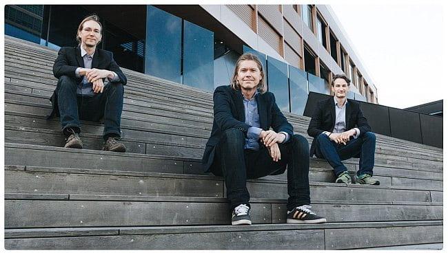 Foto der drei Gründer des Robo-Advisors moomoc